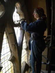 Removing leaded glass from stone tracery